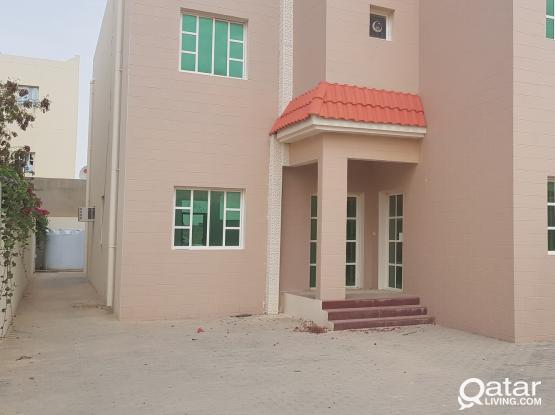 1 Month Free - 6 BR UF Villa in Al khor!