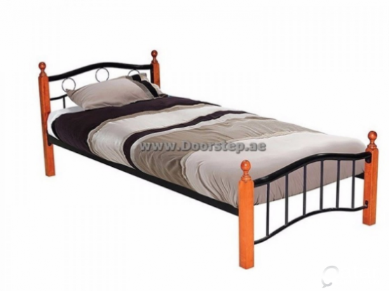 Bachelor room available in bin mahmoud  only 4 malayalies
