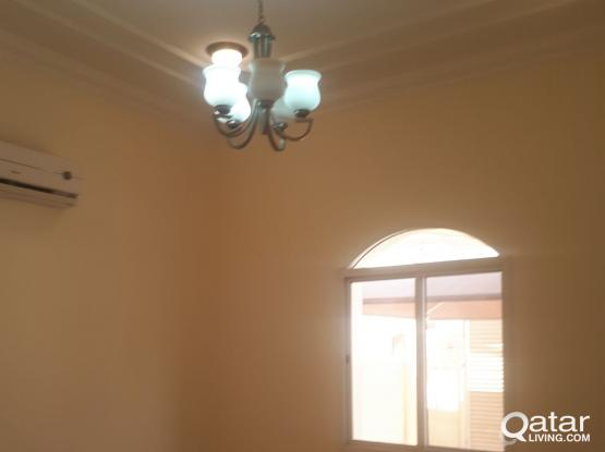 SPACIOUS 1BHK AVAILABLE IN OLD AIRPORT NEAR TO BHAVANS PUBLIC SCHOOL