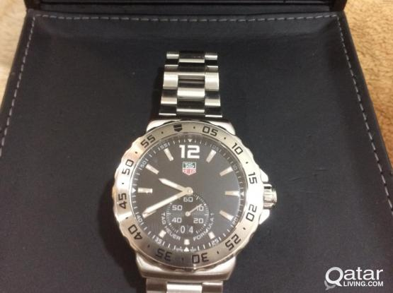 Authentic TAG HEUER FORMULA 1 Mens Watch
