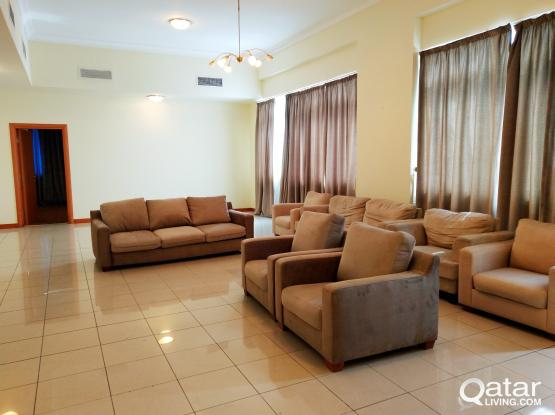 Unfurnished 3 BHK Apt in Tower at West Bay