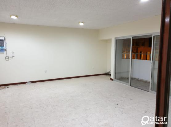 3 bed room apartment for rent in Mansoora