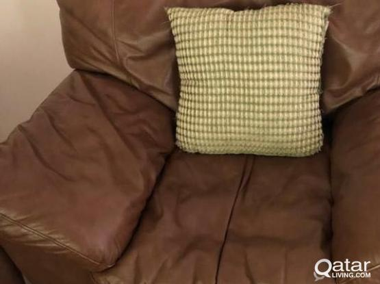 3,2 and 1 seater brown leather sofa