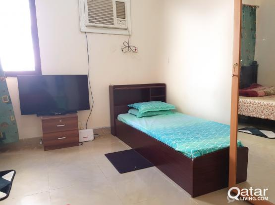 Single Bed space For Executive Bachelor in Najma