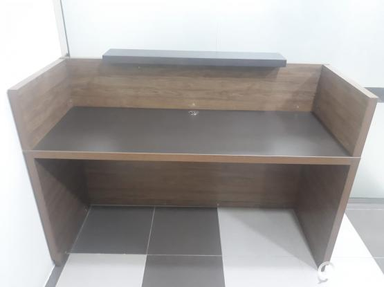 To Sale Reception Table