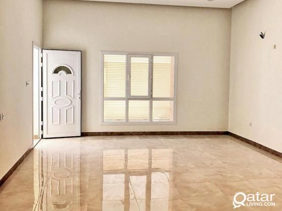 Luxurious 2 BHK in A Brand New Villa NEAR PAPA JOHNS (Behind Lulu)