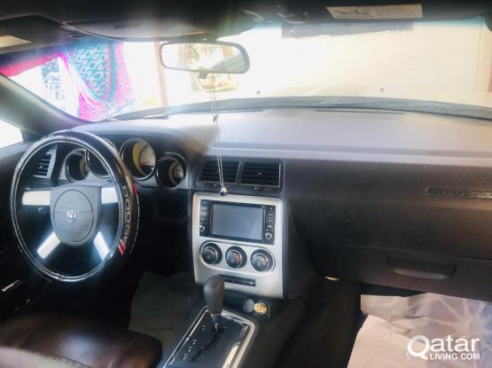 Dodge Challenger Standard 2011