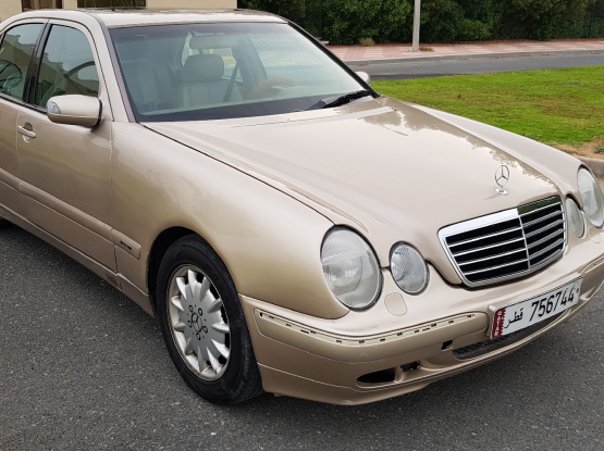 Mercedes E 2001