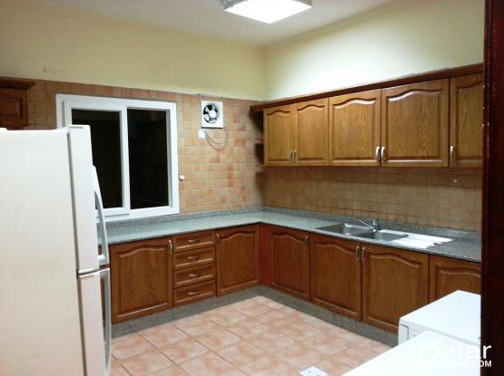 ~ ~ ~ ~ 4 BR Stand alone villa in Old Airport ~ ~ ~ ~
