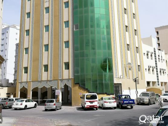 FULLY FURNISHED 2BEDROOM 2BATHROOM APPARTMENT AVAILABLE AT FREEJI ABDUL AZIZ