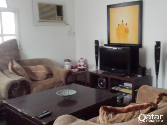 OUTHOUSE ROOM IN VILLA IN AL-HILAL FOR RENT (FOR FILIPINO ONLY)