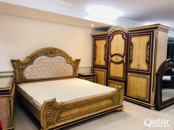 king size bedroom set 200x200cm connect on what's app only:55117826