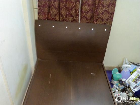 Single big bed (200x120 cm)  throw away price