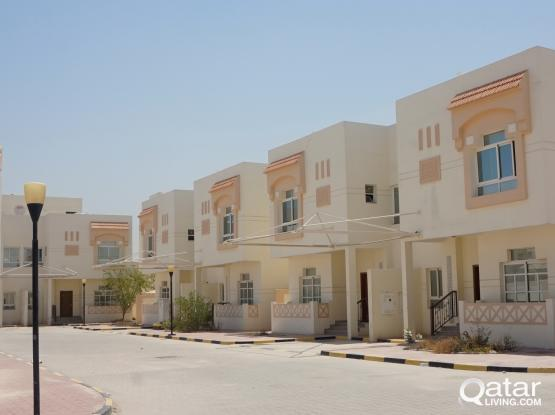 ***NO COMMISSION**5 BEDROOM VILLA FOR EXECUTIVE BACHELORS IN AZEEZIA