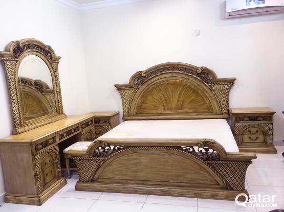 For Sell King Bed Set Bed Size(200*200)cm