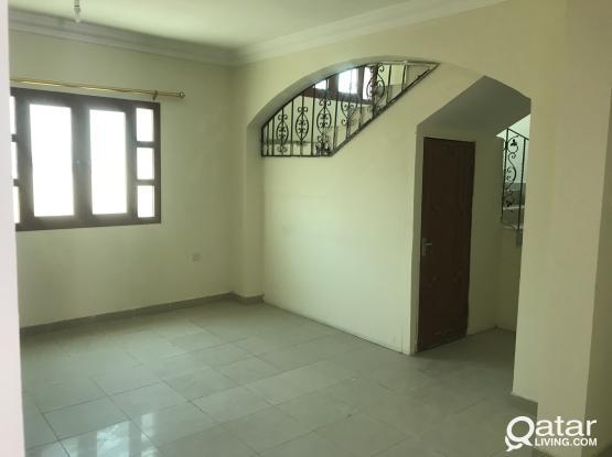 Ex: Staff  5BHK Semi Furnished Villa In Wakra