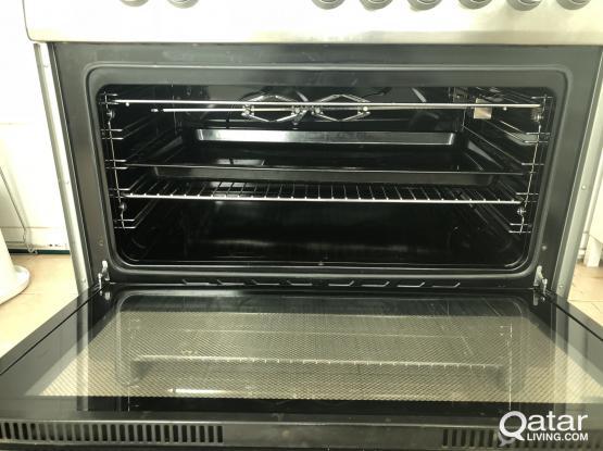 Excellent condition cooking range