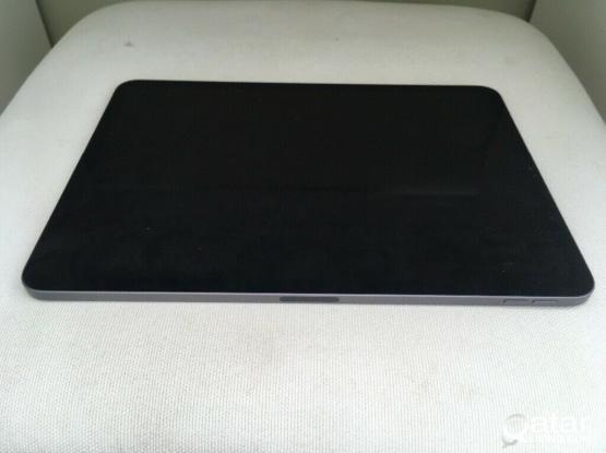 iPad Pro 11 64gb Retina display space gray WiFi