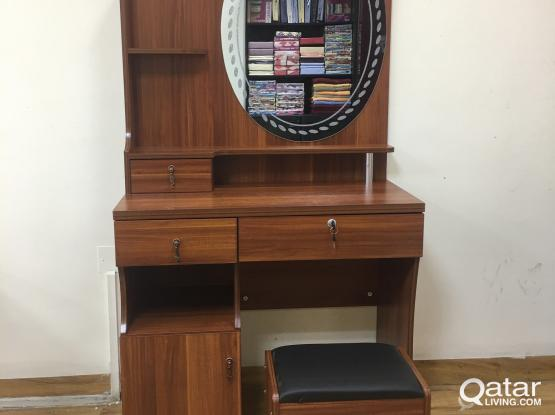 DRESSING TABLE WITH MIRROR &  STOOL (BRAND NEW) CONTACT-33280157