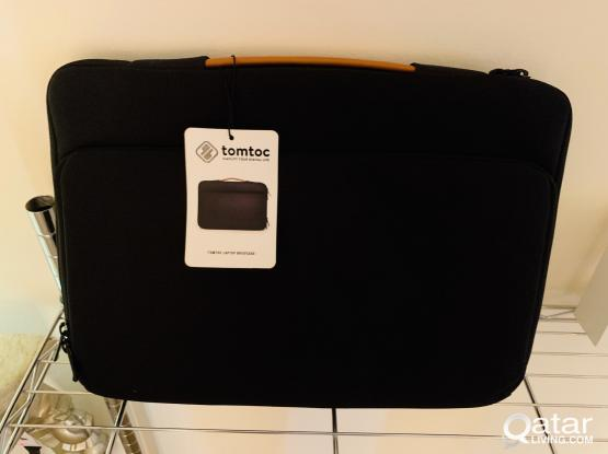 """Tomtoc 360° Protective Laptop Case Handle Sleeve Fit for 15"""" MacBook Pro Touch (Brand New)"""