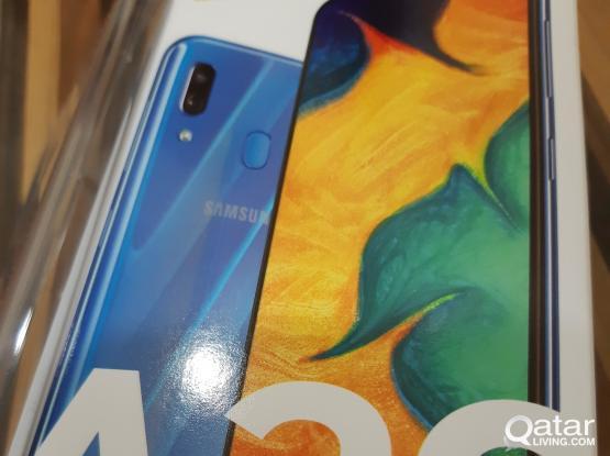 Samsung A30.. 64gb memory.. 4 gb ram. New. Blue..
