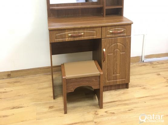 DRESSING TABLE & STOOL (BRAND NEW) CONTACT-33280157