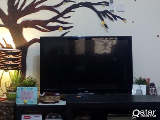 LG TV 42 inch Led