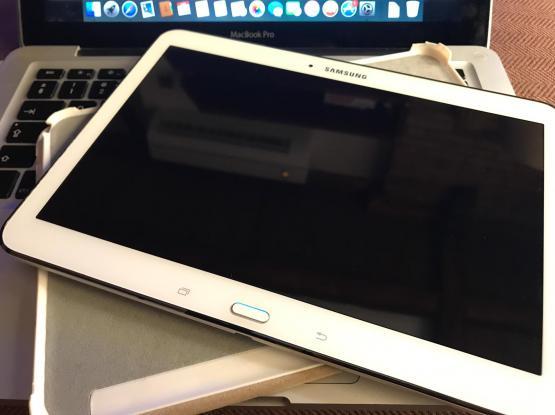 urgent // Samsung Galaxy Tab 4 (SM-T530NU) White - 16GB