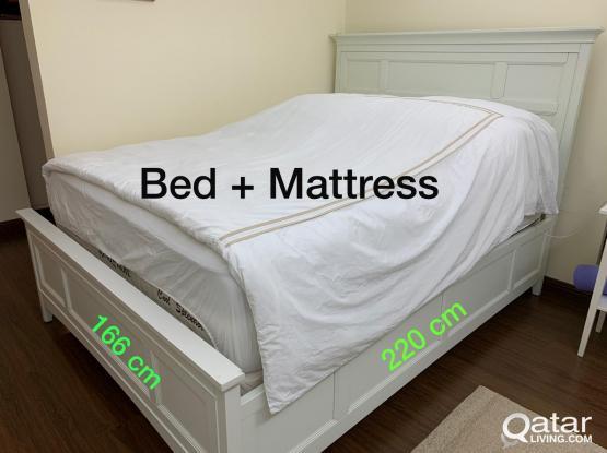 2 Queen Beds + 2 Matresses + 2 Foam Matresses