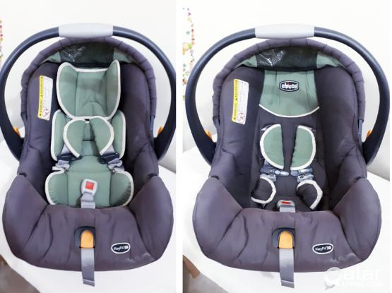 SALE!! Chicco KeyFIT 30 Car Seat w/base
