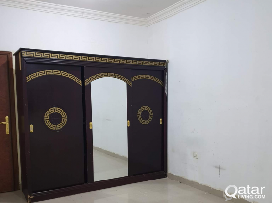 Available Bed Space And Room In Najma,Doha