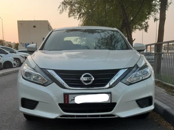Nissan Altima Standard 2017