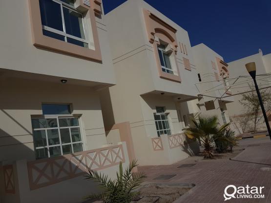 Villa's at al aziziya 5 bhk with all facilities فلل بمجمع كامل الخدمات بالعزيزيه ٥ غرف