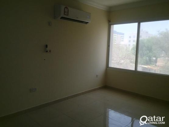 2 Bedroom Unfurnished Flat in Muntazah