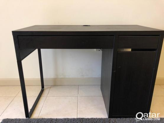 Black IKEA Micke Desk