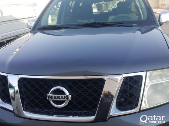 Nissan Pathfinder Platinum 2012