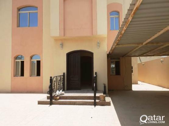 5BHK Unfurnished Stand Alone Villa in Abu Hamour