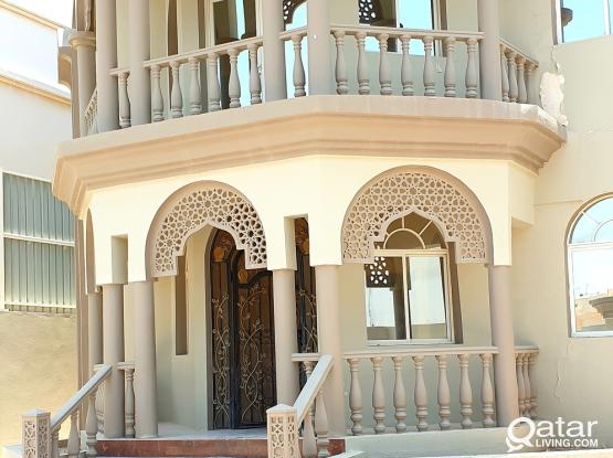 FULLY FURNISHED 1BHK AVAILABLE IN AIN  KHALID CLOSE 01 MALL MEGA MART