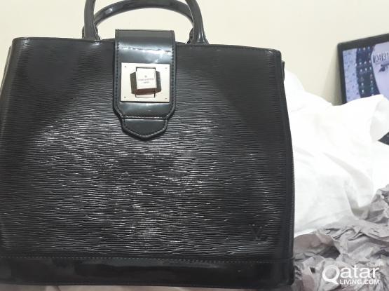Louis Vuitton Mirabeau Hand Bag