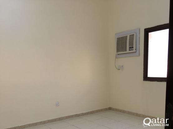 Clean 1 BHK in Wakra Jabel Area