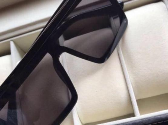 Valentino Sunglasses (UNISEX)