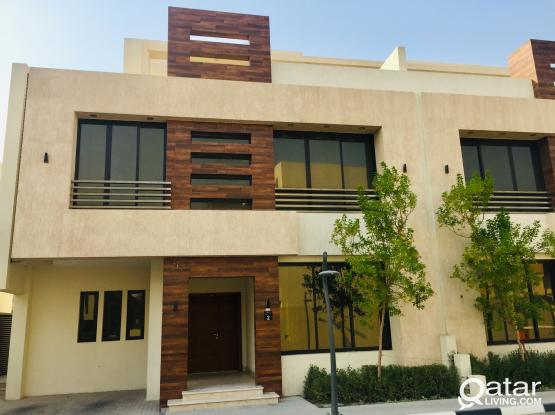 "4-BHK Super Luxury Villa ""NO COMMISSION"""