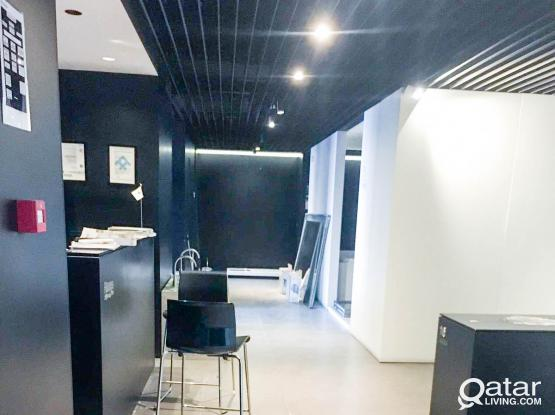 Unfurnished, Commercial Showroom Shop 600 SQM For Rent in Old Airport