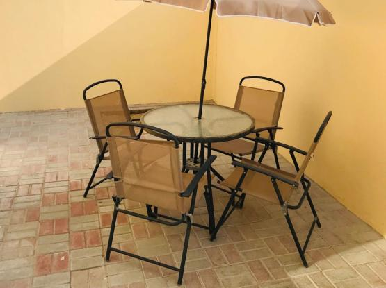 outdoor furniture 4 chair n table