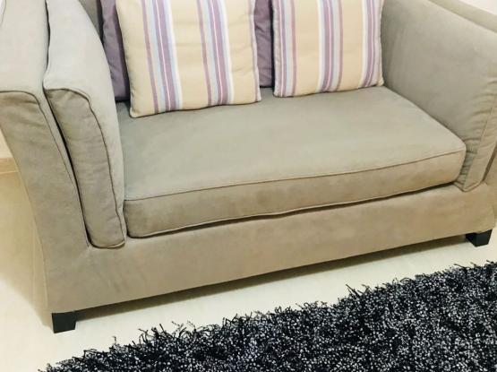 Home center 5 seater sofa set
