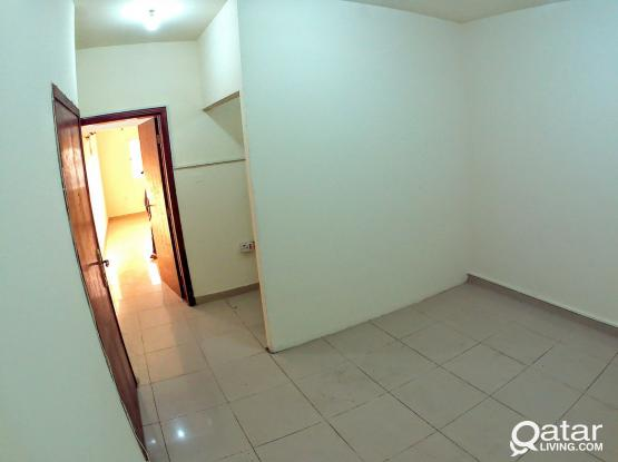 UF 2BHK (W/E included) - opp Traffic Police Station