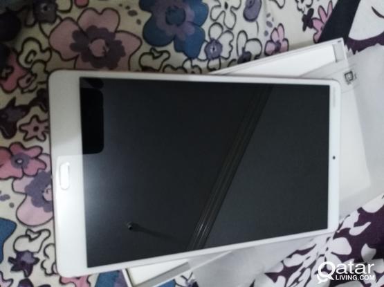 Huwaei mediapad M5 64Gb and 4GB ram with SIM