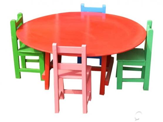 Kids table,chair & Bookshelf for Sale