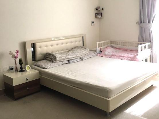 Bed +mattress +side table