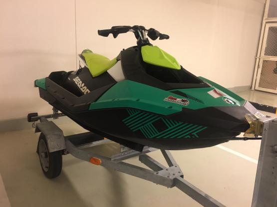 Jet ski Spark Trixx 2019